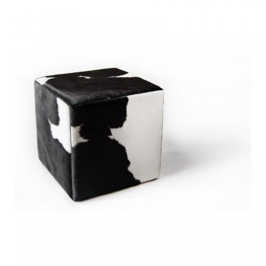 Чехол на пуф-куб из коровьей шкуры черно-белый