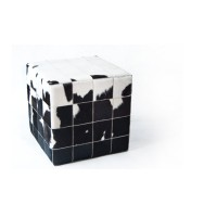 Чехол на пуф-куб из шкуры White Black