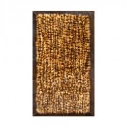 Ковер из натурального меха енота золотистого цвета