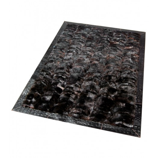Ковер из меха бобра темно-коричневый